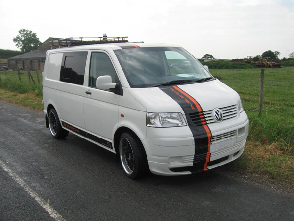 Avalanche Surf Bus - VW Transporter T5 (Click to enlarge)